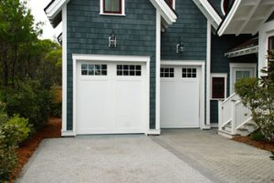 How to Choose a New Garage Door